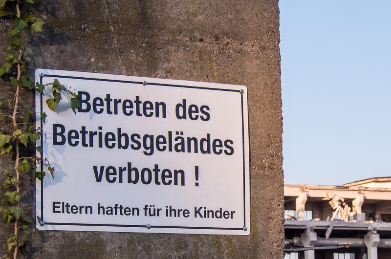 Vandalismus am Firmengelände Gewerbeversicherung Gewerbe-Police