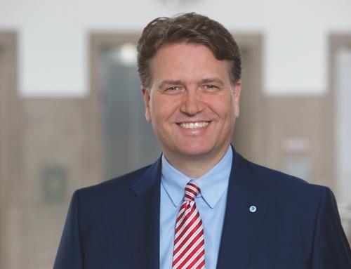 """Martin Gräfer: """"Versicherungsberater zählen zur Instanz des Vertrauens"""""""