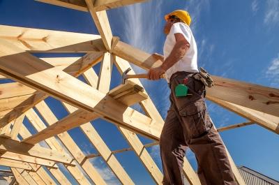 Der ExistenzPlan der Bayerischen bietet eine gezielte Versicherung fuer Handwerker.