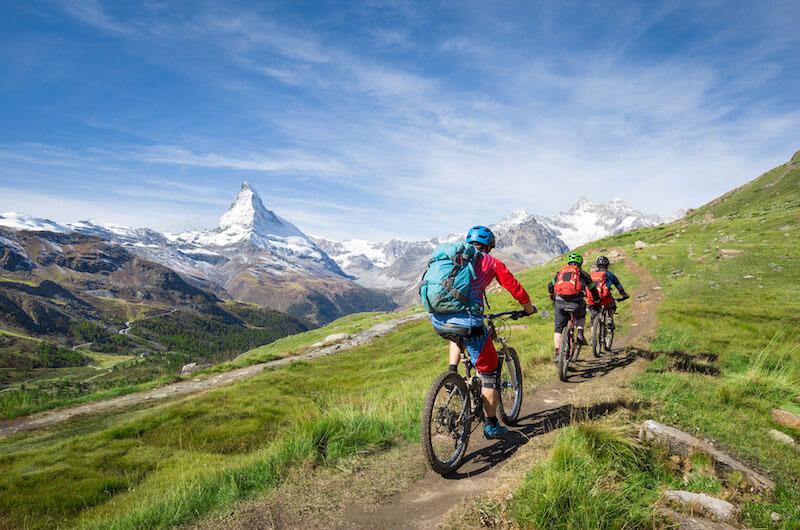 Zu Wasser, zu Lande oder in der Luft: Sommerliche Sporttrends 2019