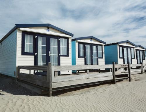 Sicher in den Sommerurlaub: Wie das Eigenheim Einbrecher vertreibt