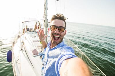 Urlaubsfotos als Einbruchsgefahr? Was ist dran?