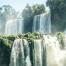 Großer Wasserfall und Nebel Pangaea Life