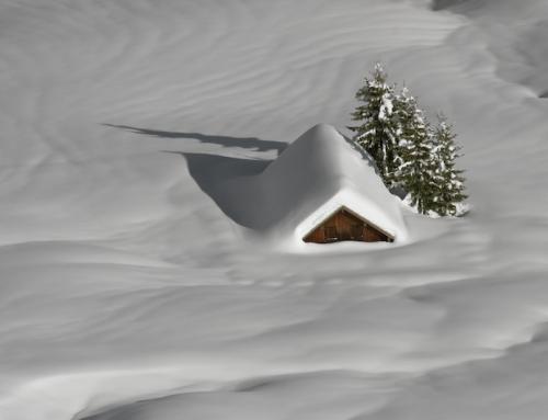 Leise rieselt der Schnee: Wenn das Dach unter der Last zusammenbricht